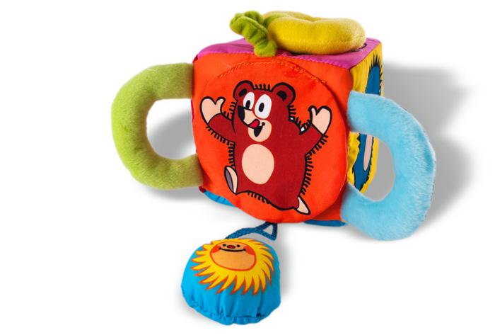 interaktivní hračky pro roční dítě